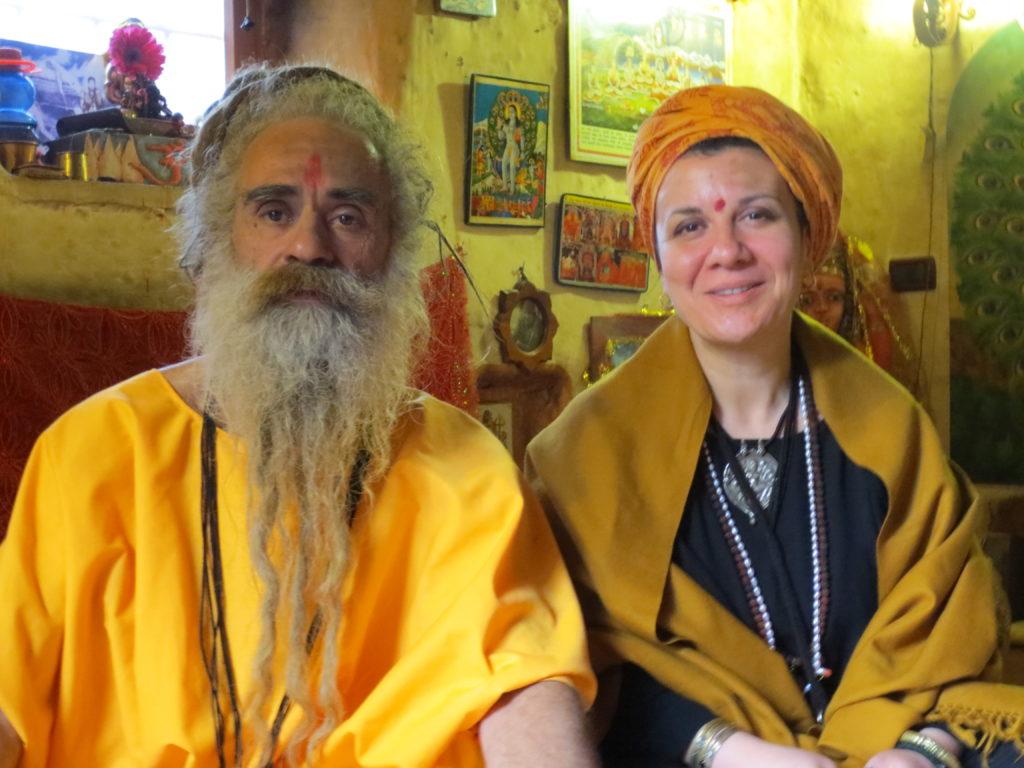 Beatrice Udai Nath con Yogi Krishnanath